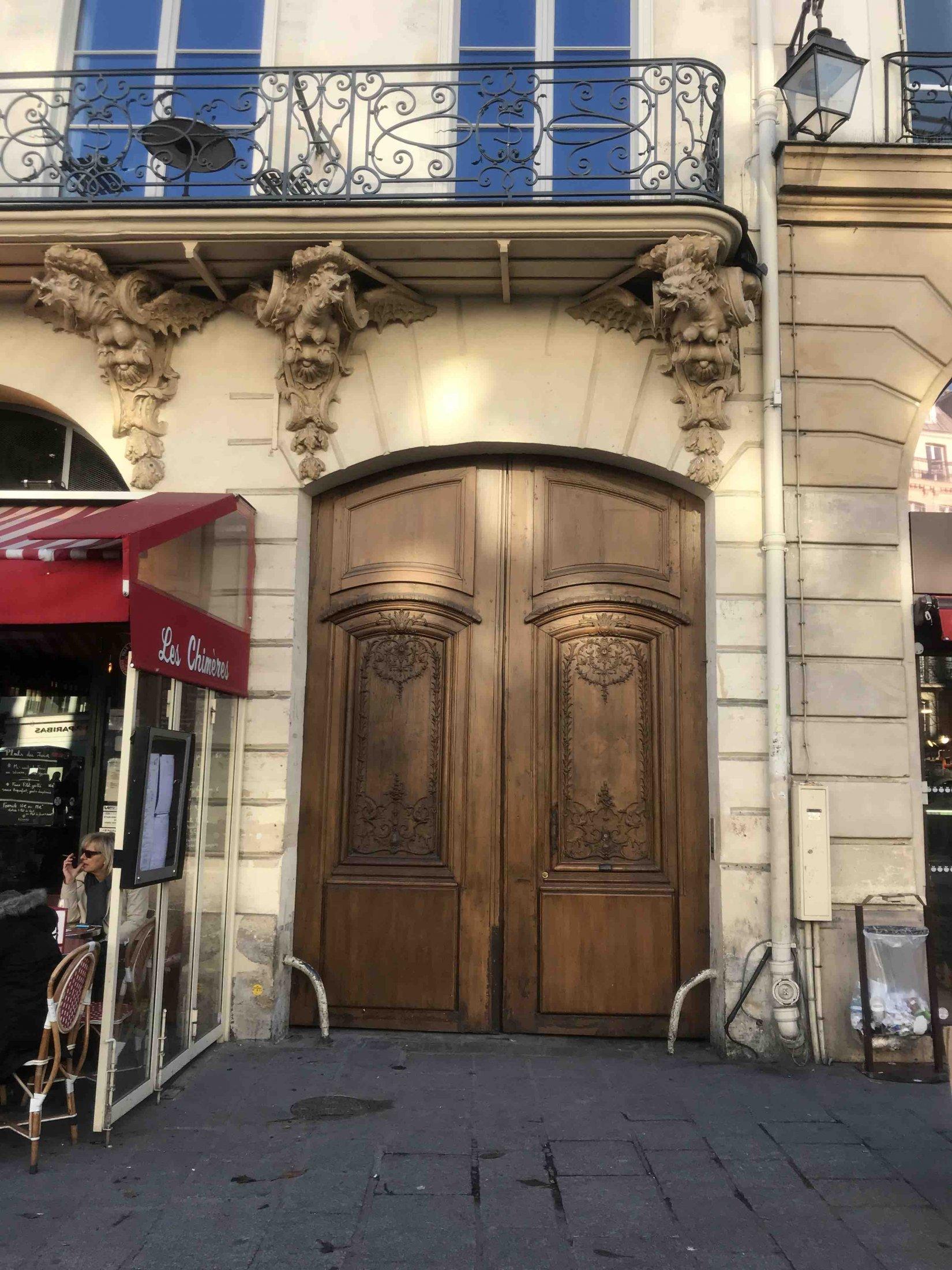 133 rue saint antoine paris 4 atelier de menuiserie. Black Bedroom Furniture Sets. Home Design Ideas