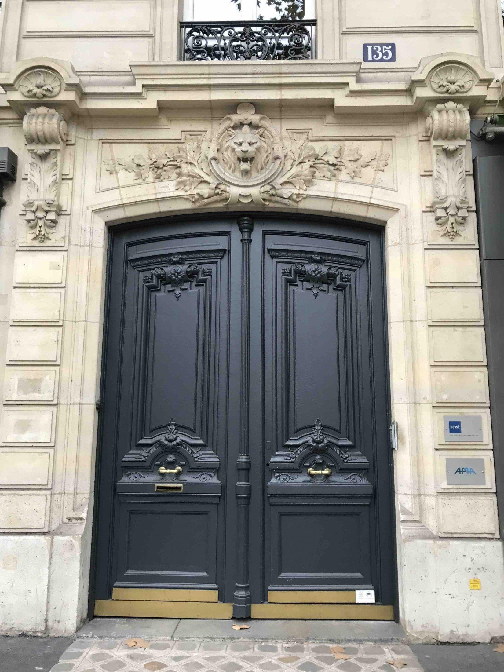 135 BD HAUSSMANN PARIS 8