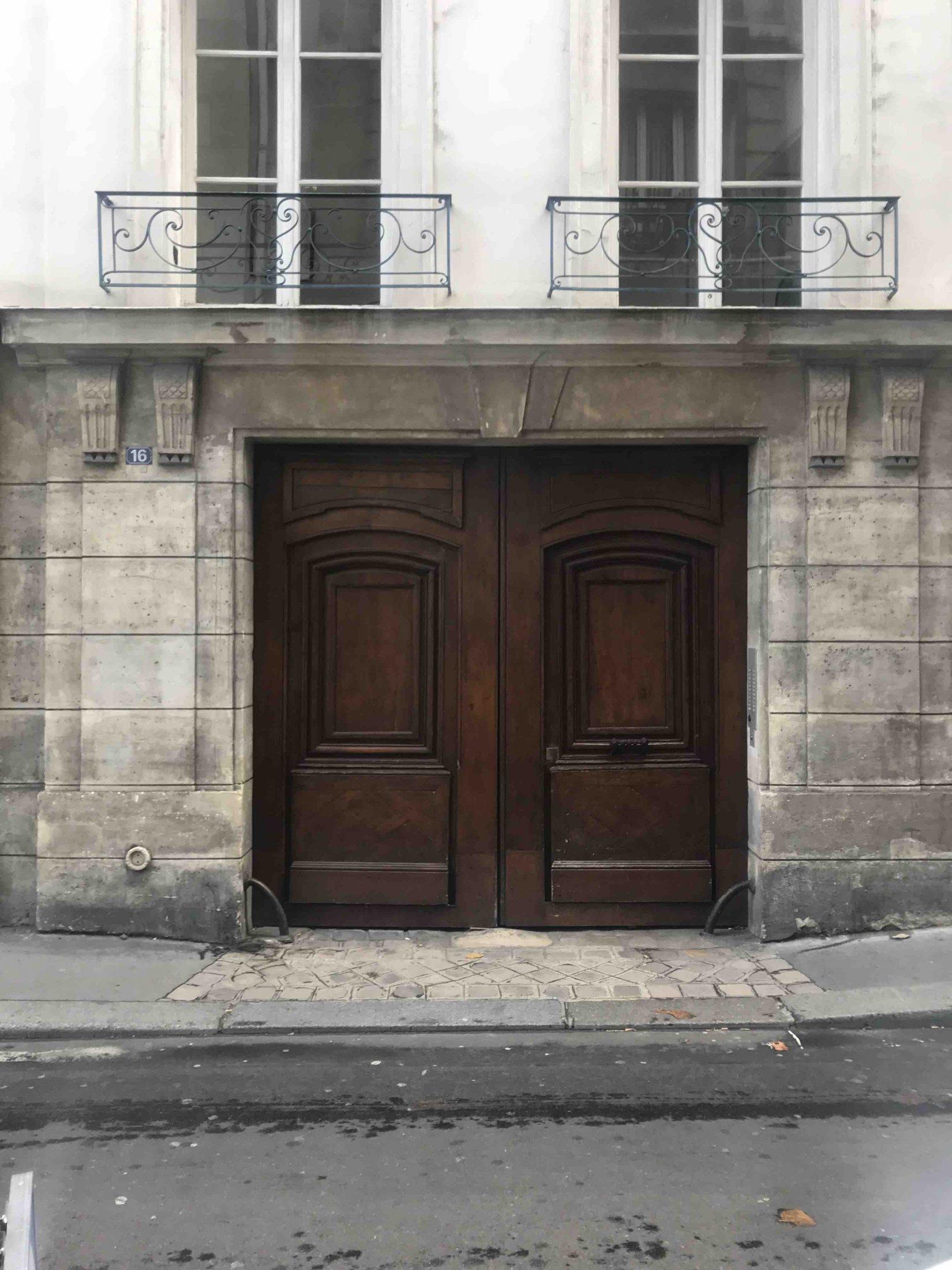 16 RUE ELZEVIR PARIS 3