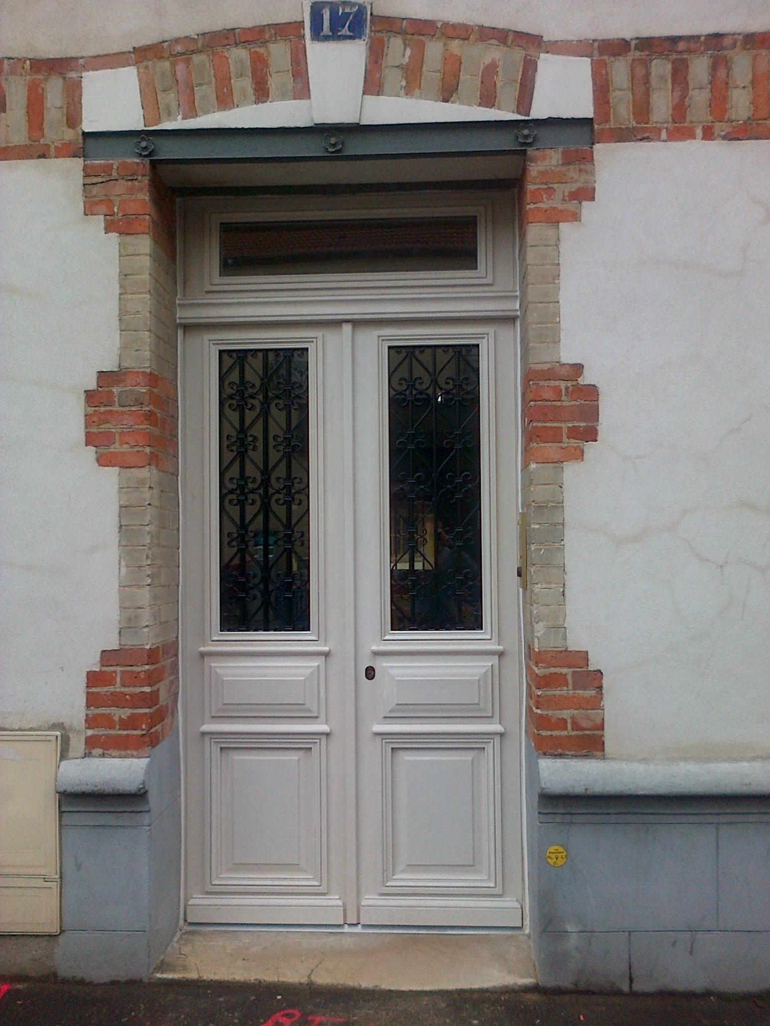 2014 09 Porte Chêne Deux Vantaux Rue Galilée à IvrySeine