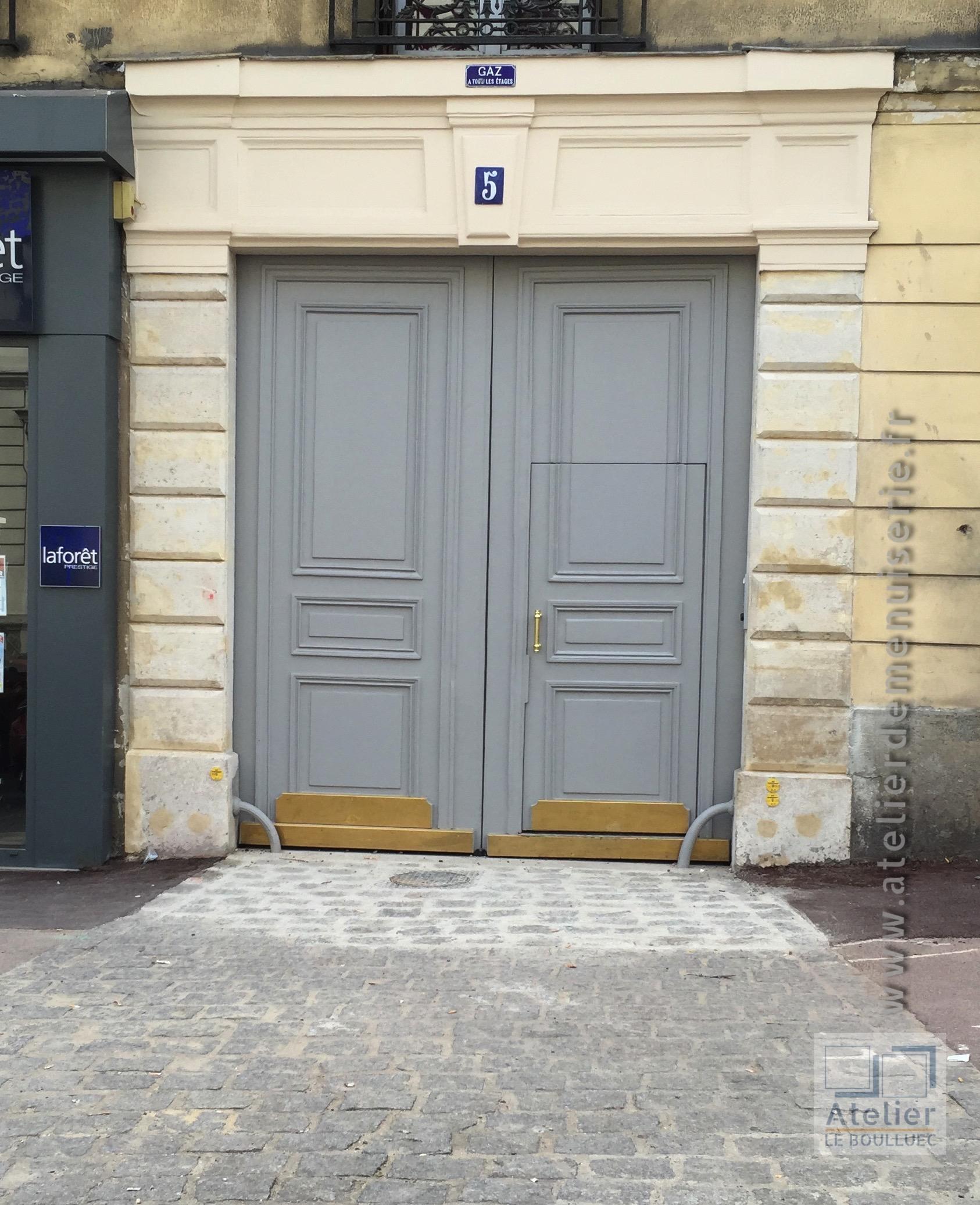 2016 07 Porte Cochère Rénovée Après Peinture 5 Rue Dailly à Saint Cloud