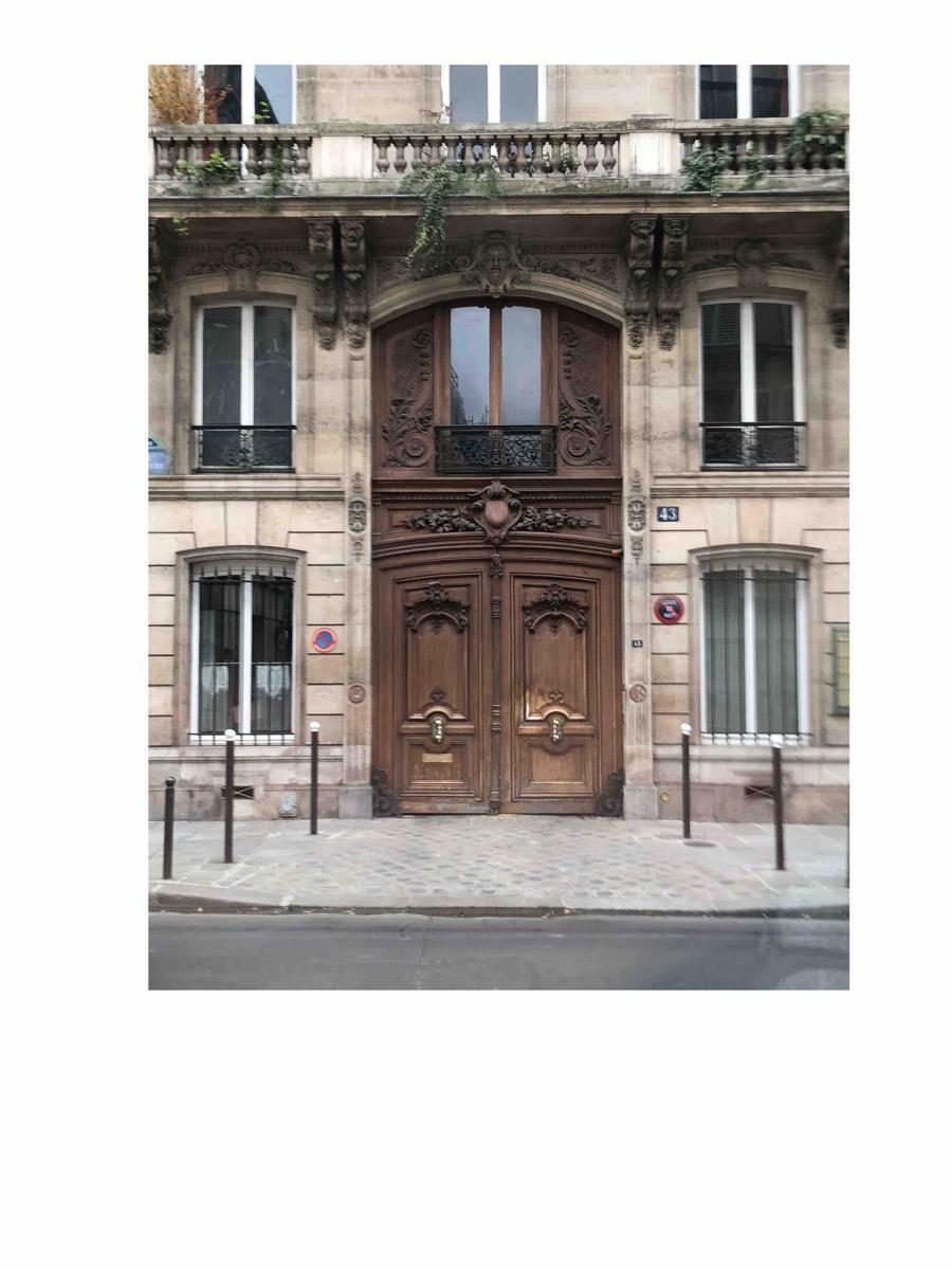 43 RUE LABRUYERE PARIS 9