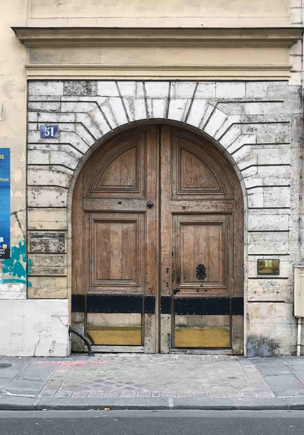 51 Rue De Turennes