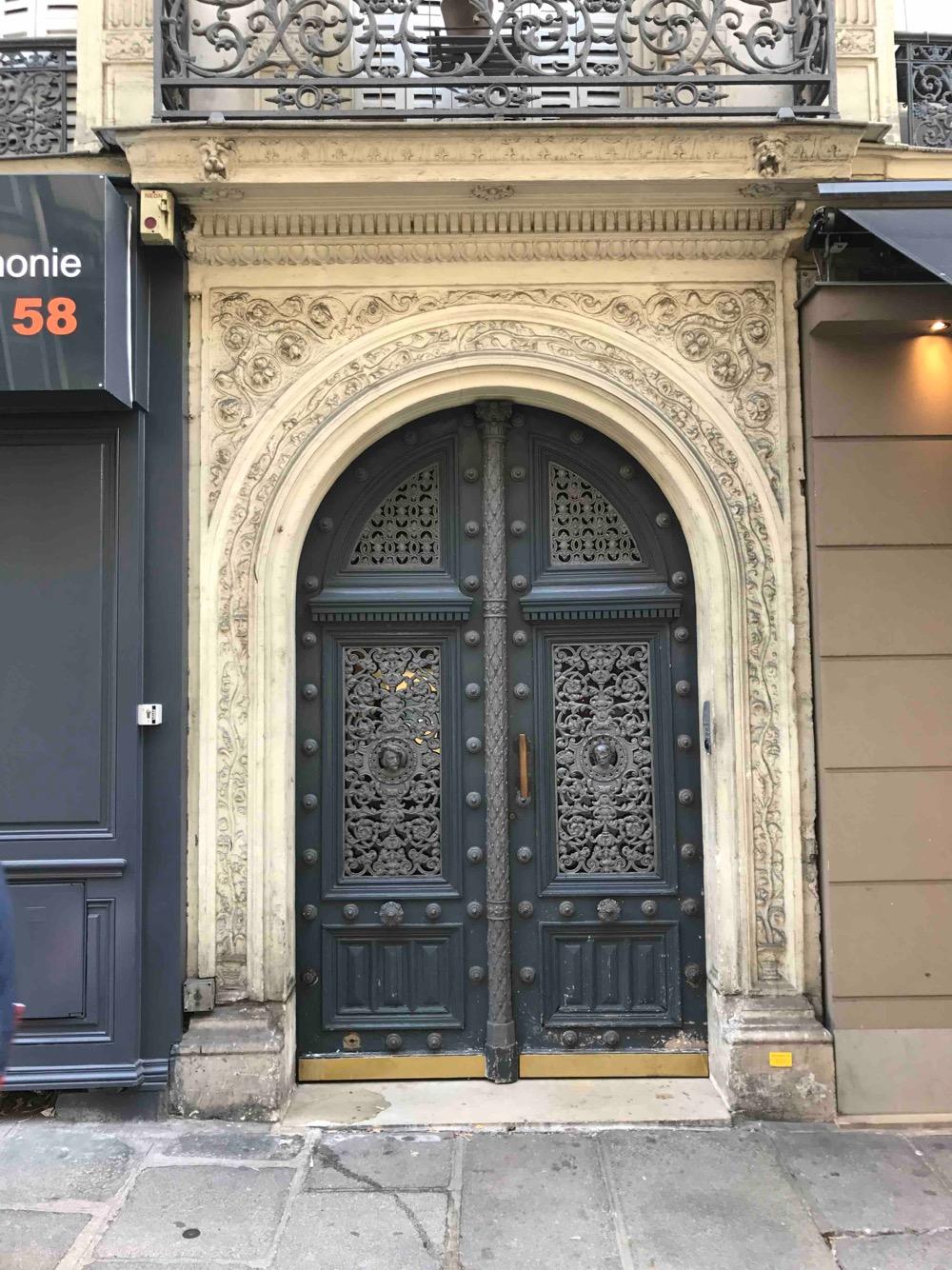 80 RUE D\'AMSTERDAM PARIS 8