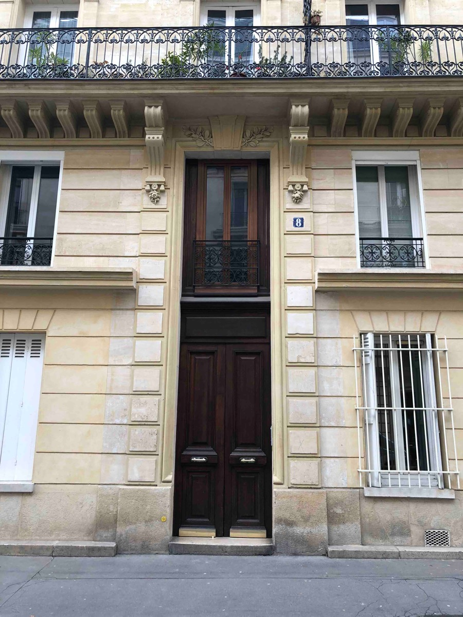 8 RUE LEOPOLD ROBERT PARIS 14