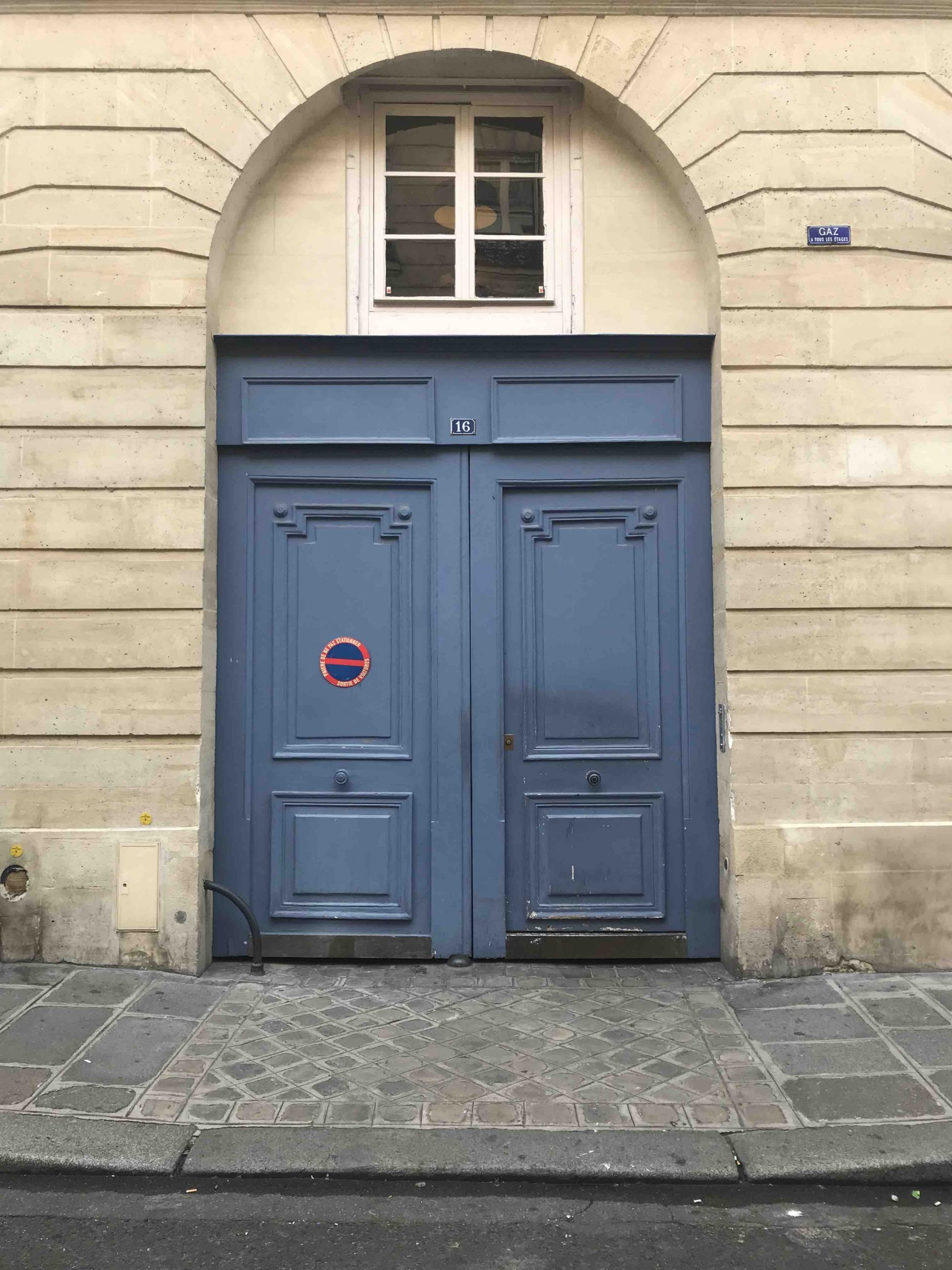 Porte 3 Paris 4