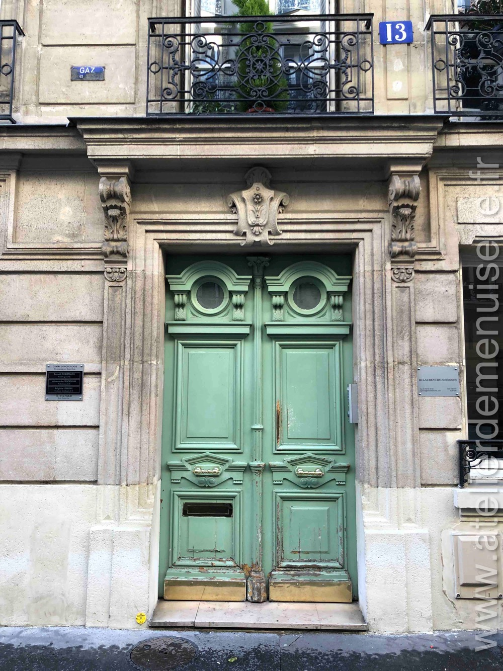 Porte Batarde - 13 Rue De Naples - Paris 8