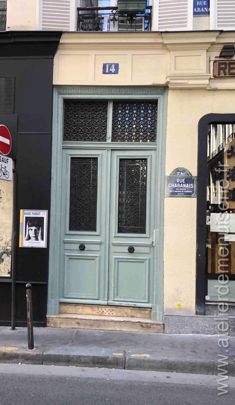 Porte Batarde - 14 RUE CHABANAIS PARIS 2
