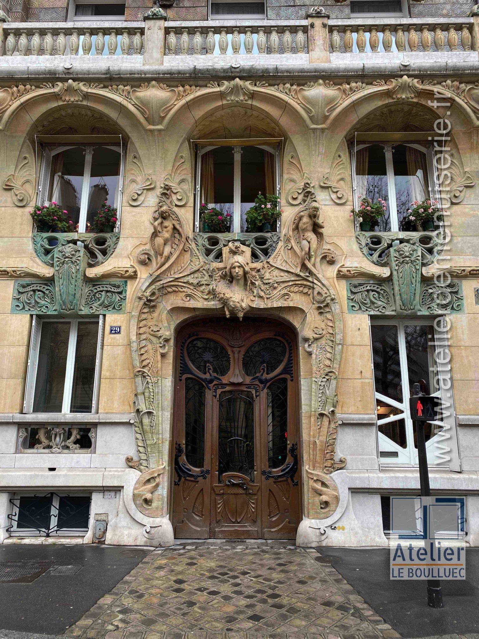 Porte Batarde Art Nouveau - 29 AV RAPP PARIS 7