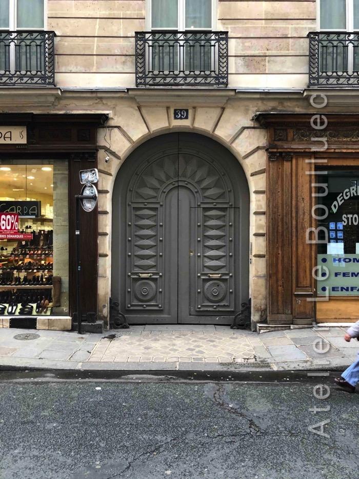 Porte Cochère Empire - 39 RUE DES PETITS CHAMPS PARIS 2EME