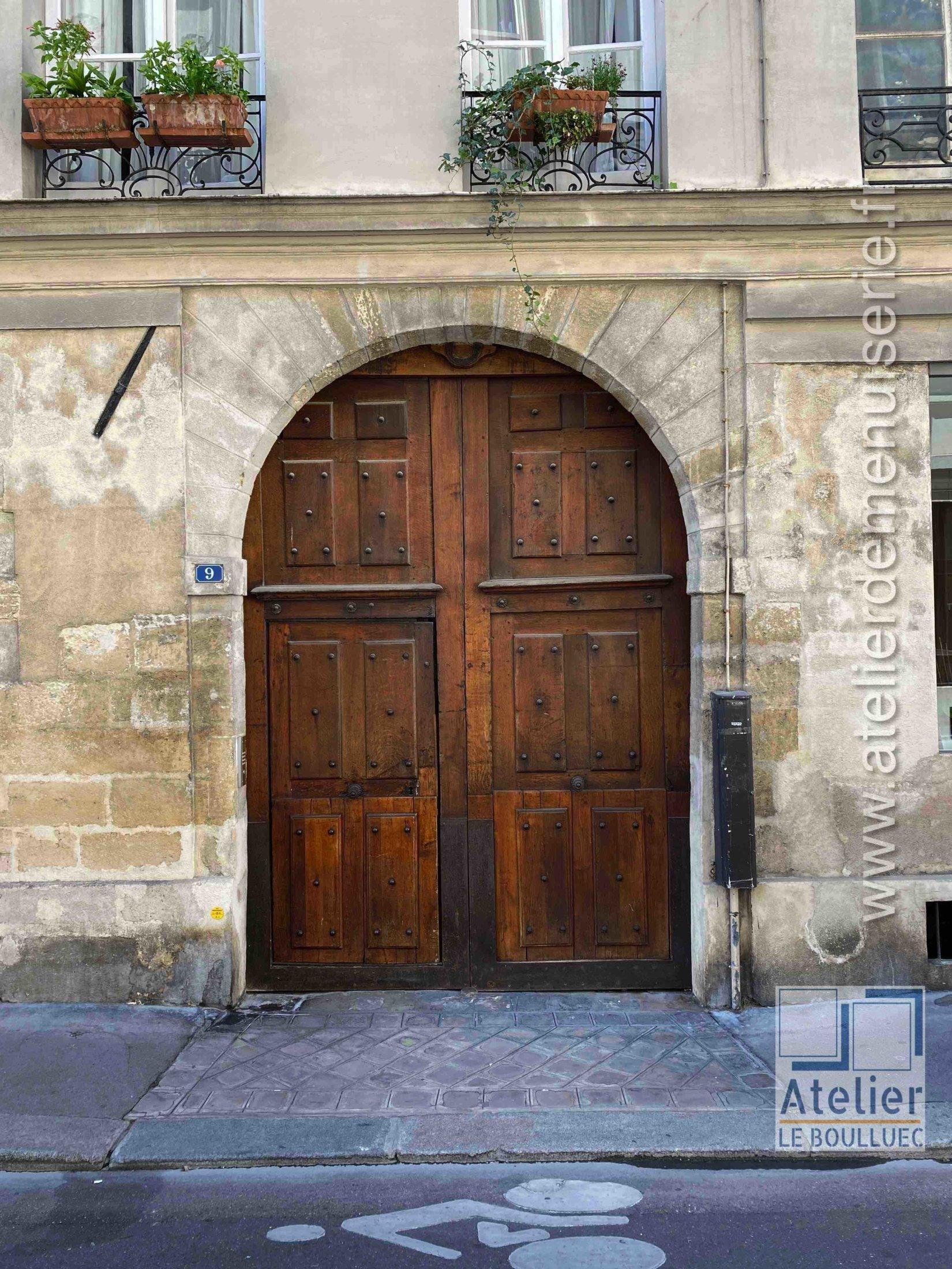 Porte Cochère LOUIS XIII - 9 RUE CHARLES V PARIS 4