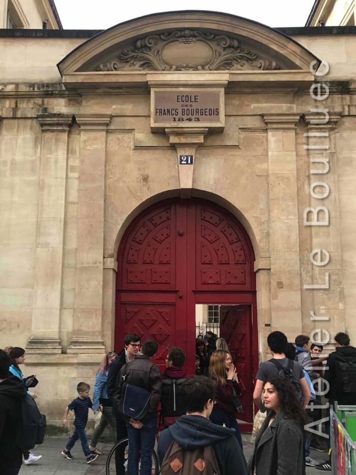 Porte Cochère Louis III - ECOLE DES FRANcS BOURGEOIS - 21 RUE SAINT ANTOINE RED