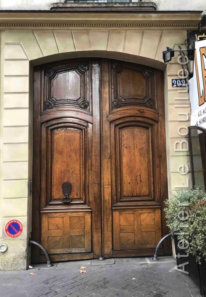 Porte Cochère Louis XIII - 209 BD SAINT GERMAIN
