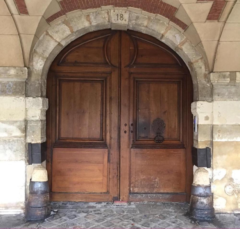 Porte Cochère Louis XIII - Paris 11