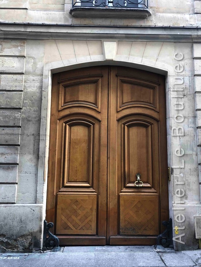 Porte Cochère Louis XV - 12 RUE SAINT SAUVEUR PARIS 2