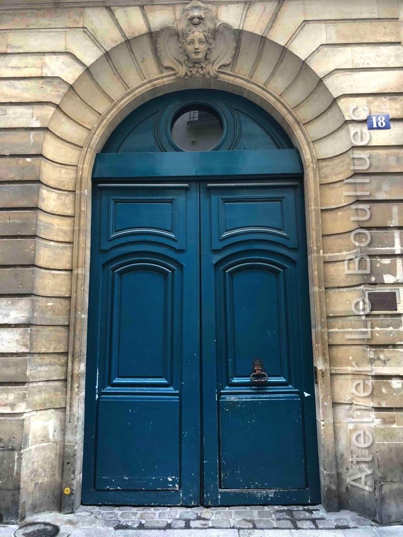 Porte Cochère Louis XV - 18 RUE SAINT SAUVEUR PARIS 2
