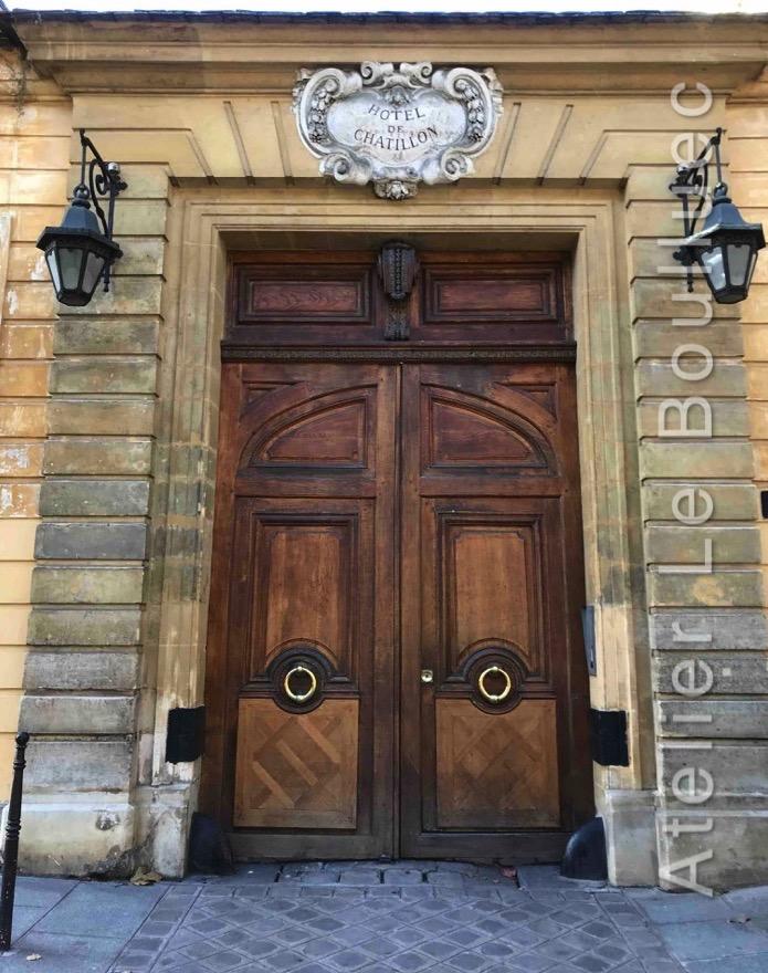 Porte Cochère Louis XV - HOTEL DE CHATILLON 13 RUE PAYENNE