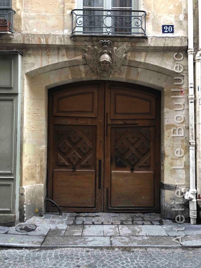 Porte Cochère Louis Xiii - 20 RUE SAINT SAUVEUR PARIS 2