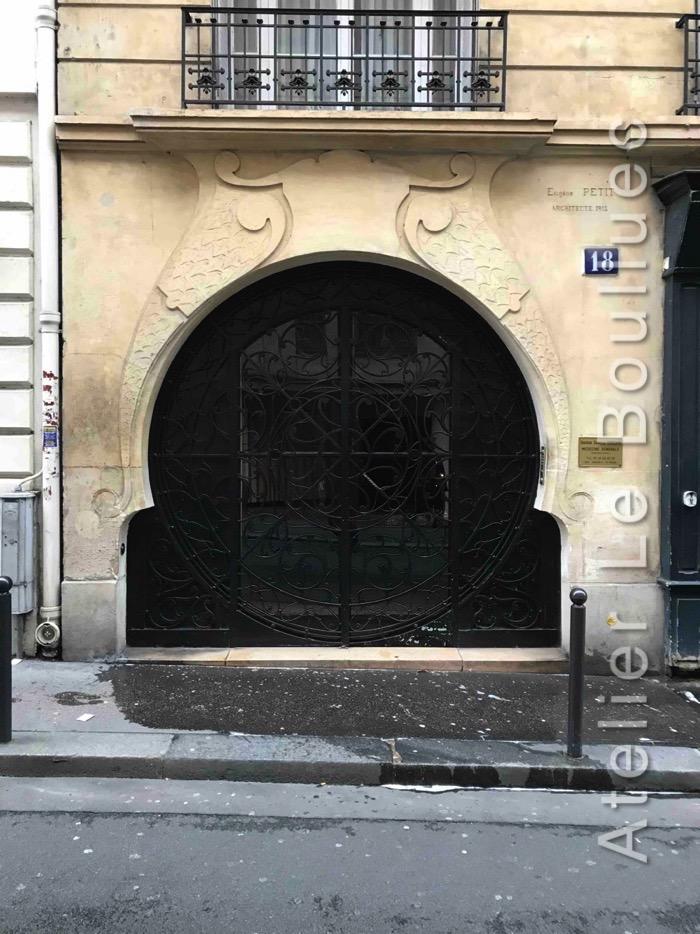 Porte Cochère Acier - 18 RUE DU GENERAL BEURET PARIS 15
