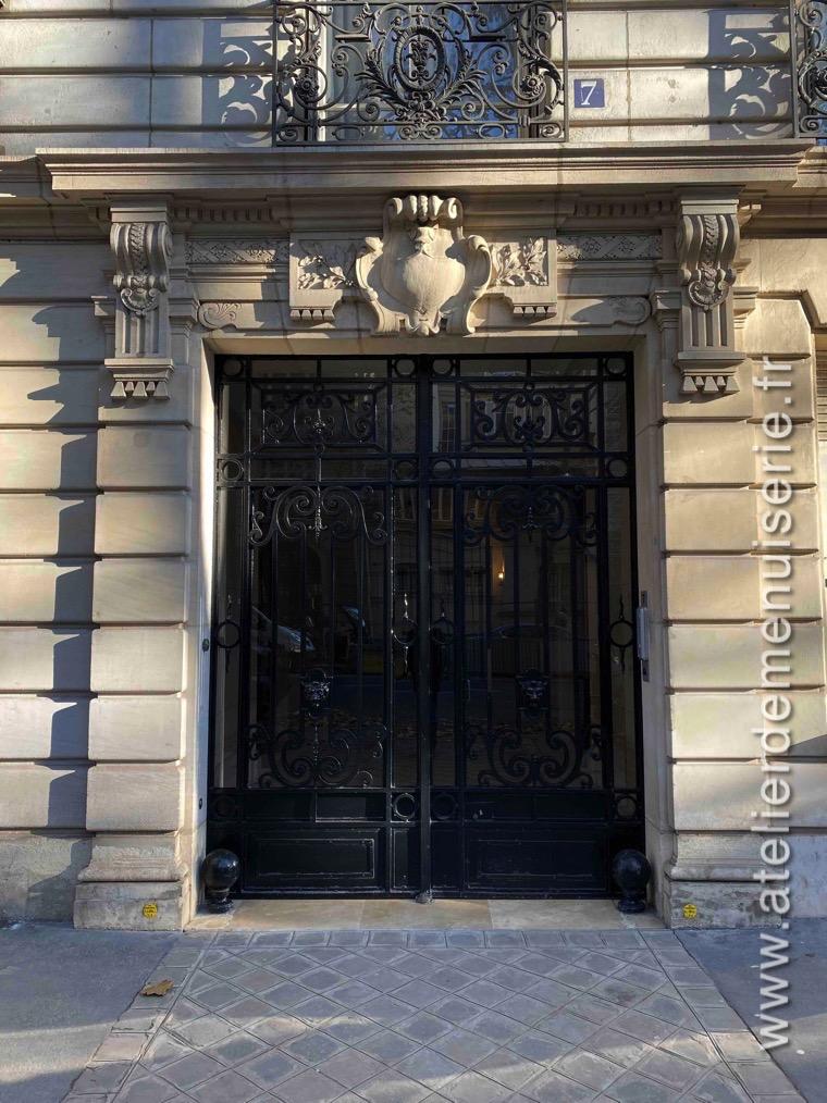 Porte Cochère Acier 7 RUE LA BOURDONNAIS PARIS 7