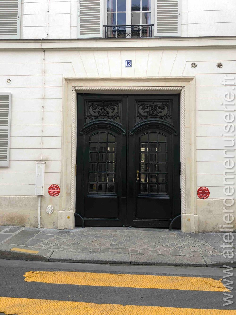 Porte Cochère Bois Avec Oculus - 13 Rue Monsieur - Paris 7