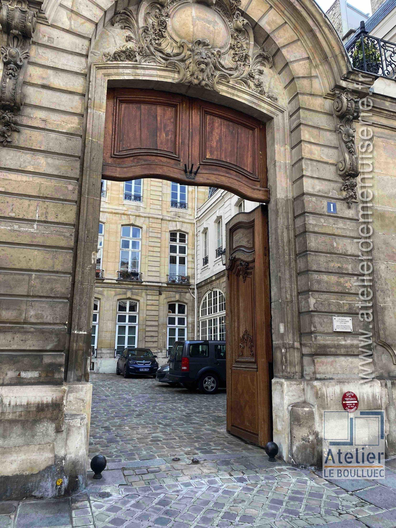 Porte Cochère Monumentale - 1 RUE DU REGARD PARIS 6