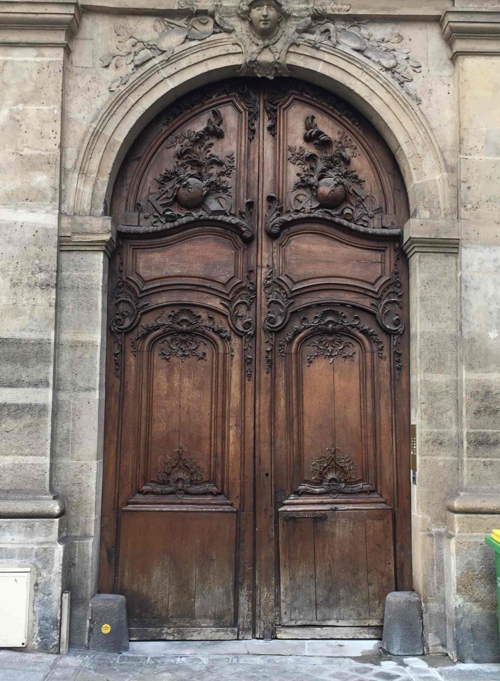 Porte Cochère 4 Rue Monsieur Le Prince Coté Ext