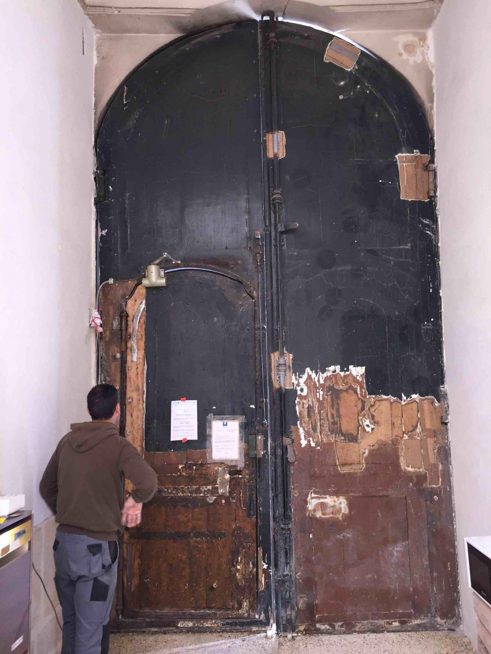 Porte Cochère 4 Rue Monsieur Le Prince Coté Int