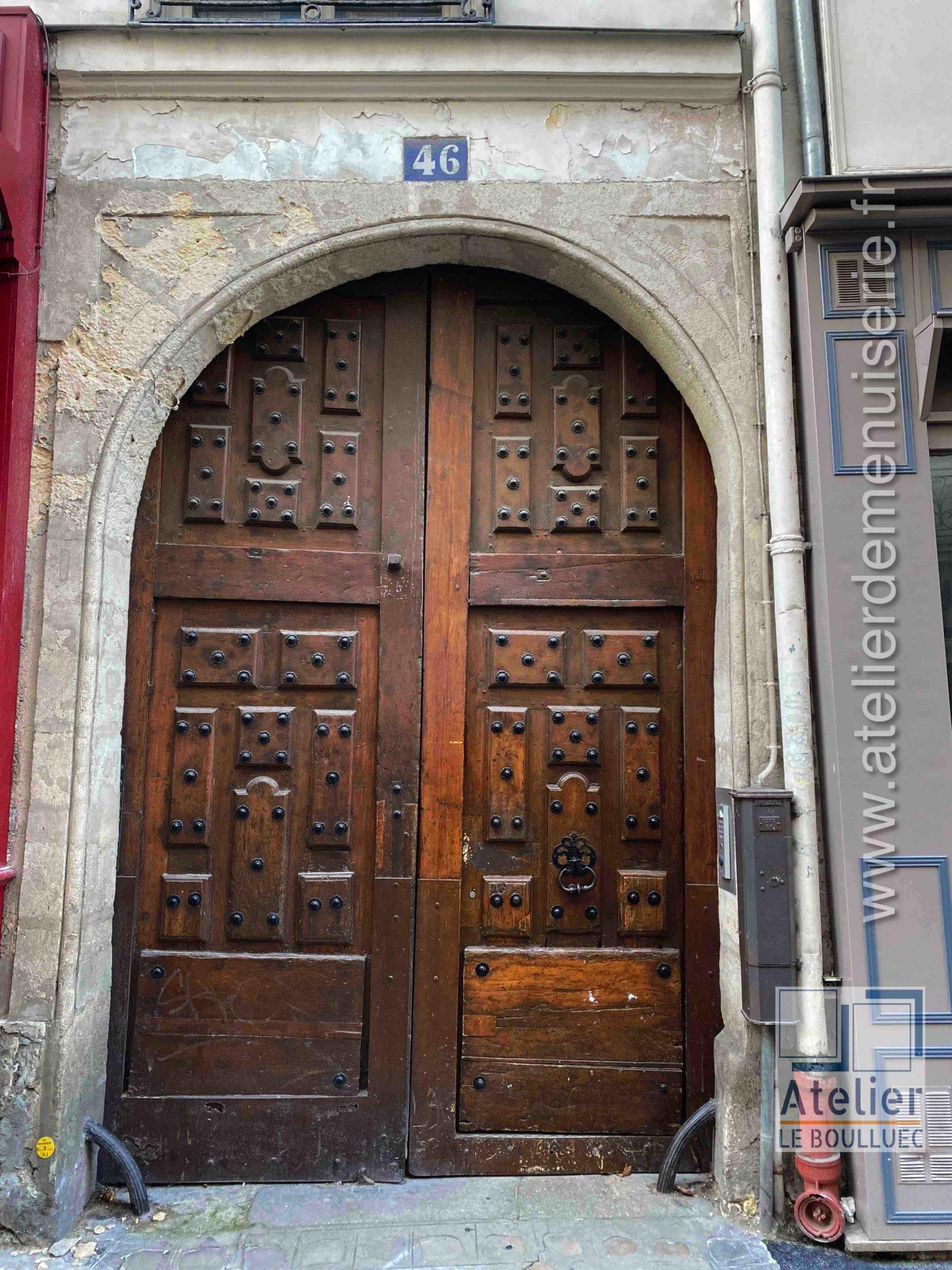 Porte Cochere Fin 17eme - 46 Rue Seguier Paris 6