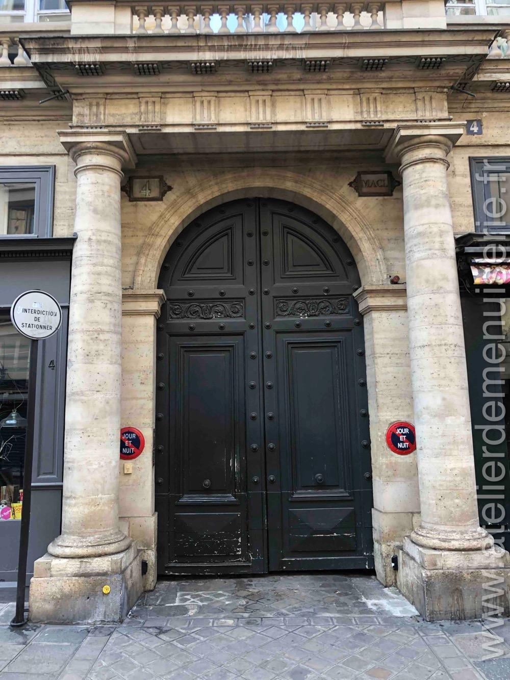 Porte Monumentale - 4 RUE DE TOURNON PARIS 6