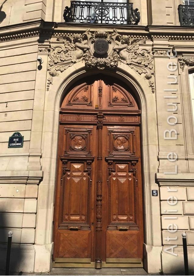 Porte Monumentale - 5 Rue De Lisbone - Paris 8