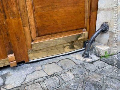 2019 12 - Porte Cochère 42 Rue Du Cardinal Lemoine - Paris 5 - 3 - Détail Laiton Poli