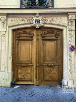 2020 04 Porte Cochère 25 Avenue Trudaine Paris 9 P2 Après Restauration Et Mise En Lasure