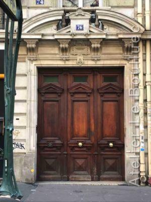 Porte Chêne à Trois Vantaux Style Louis XVI 74 Avenue De La République - Paris 11