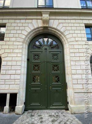 Porte Cochère 21 RUE SAINT DOMINIQUE