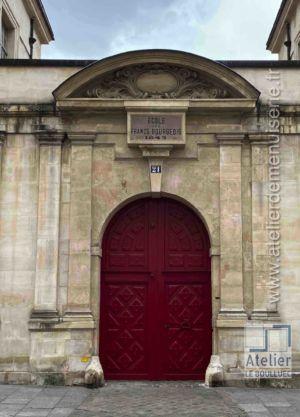 Porte Cochère LOUIS XIII - 21 RUE SAINT ANTOINE PARIS 4
