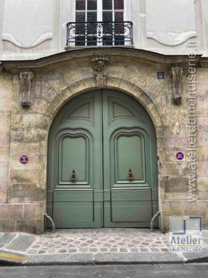 Porte Cochère LOUIS XIII - 3 RUE DES LIONS SAINT PAUL PARIS 4