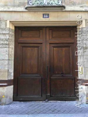 Porte Cochère Louis XIII - 18 RUE CASSETTE PARIS 6