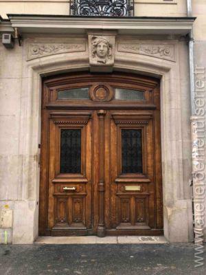 Porte Cochère En Décors Faux Bois - 286 Bd Voltaire - Paris 11