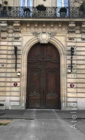 Porte Monumentale Magifiquement Ouvragée - Paris 17